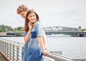 Mavi, Fashiioncarpet und Patkahlo im modischen Jeanslook