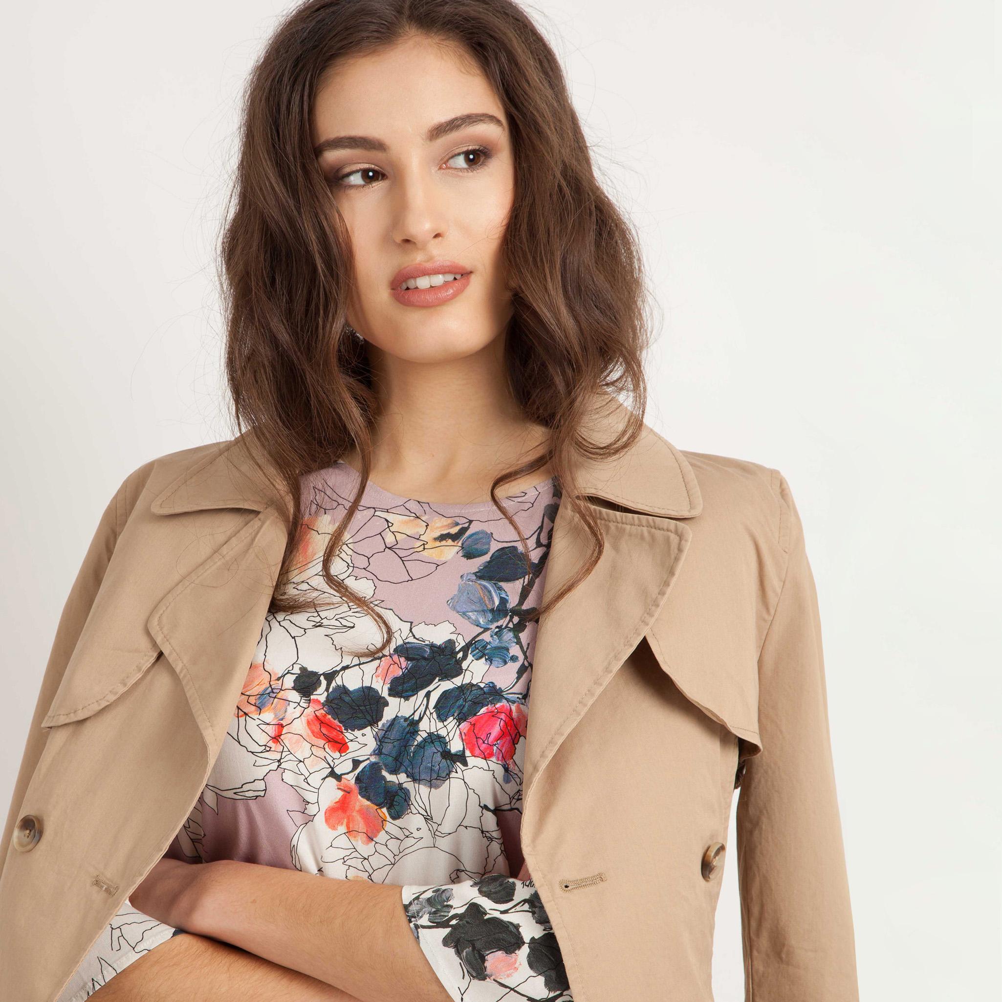 Mavi Uptown hat eine neue Kollektion mit verspielten Details und Statement Produkte