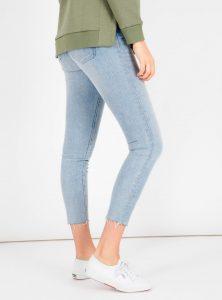 Super Skinny High Waist Jeans mit offenem Saum in der Mavi Jeans Kollektion