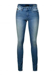 Serena Skinny Jeans Fit ist ein Muss für jeden Kleiderschrank