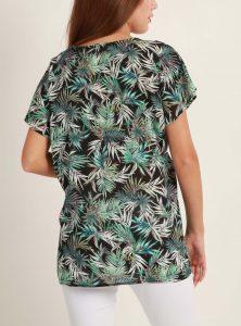 Auch Basic T-Shirt können toll aussehen besonders in unserem neuen Palmen Print