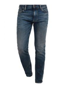 Chris | Tapered Jeans in Blau mit Used-Effekten und lockerer Passform, die am Bein schmal zuläuft aus der neuen Mavi herren Kollektion