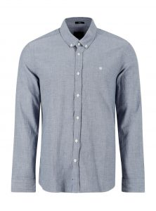 Klassisches Baumwoll Hemd in Blau mit Knopfleiste und Kentkragen in leicht melierter Optik aus der neuen Mavi Herren Kollektion