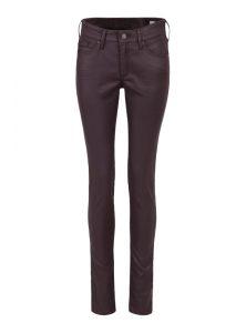 Adriana | Mid Waist Super Skinny Jeans aus dunkelrotem Jeather Stoff mit mittlerer Leibhöhe, Reißverschluss und 5-Pocket Style aus der neuen Mavi Young Fashion Kollektion