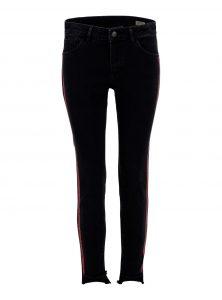 Adriana Ankle | Mid-Waist Super Skinny Ankle Jeans in schwarzer Vintage Waschung mit roten Kontraststreifen und abgefranstem Beinabschluss aus der neuen Mavi Young Fashion Kollektion