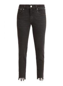 Adriana Ankle | Verkürzte Mid-Waist Super Skinny Jeans in verwaschenem Schwarz mit abgefranstem Beinabschluss, mit klassischem 5-Pocketstyle und Reißverschluss aus der neuen Mavi Young Fashion Kollektion