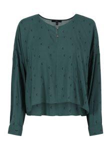 Grüne Bluse aus Viskose mit Muster und Knopfleiste am Rundhalsausschnitt aus der neuen Mavi Young Fashion Kollektion