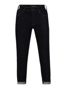 Dylan ist eine tapered Jeans in Dunkelblau, die weit geschnitten ist und  zum Bein hin ed0919aa32